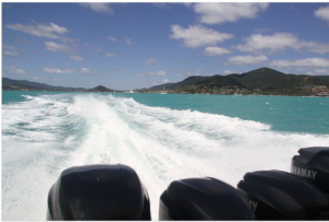 A partir de quand la conduite d'un bateau de plaisance nécessite-t-elle de détenir un permis mer avec option côtière ?